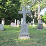monuments funéraires ou cinéraires