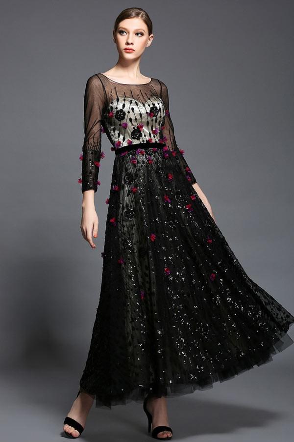 élégance et du glamour en noire